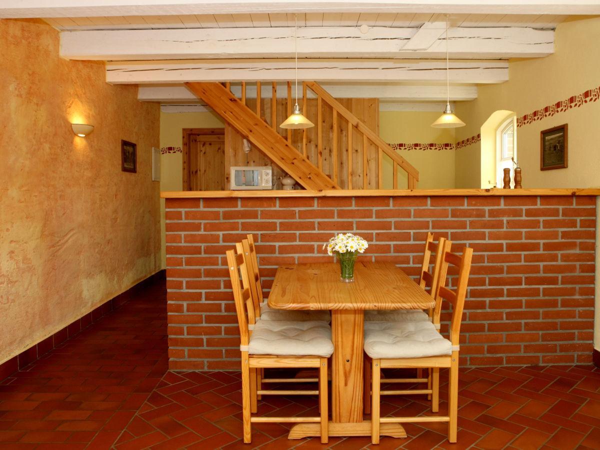 Blick zur Küche im Peerstall